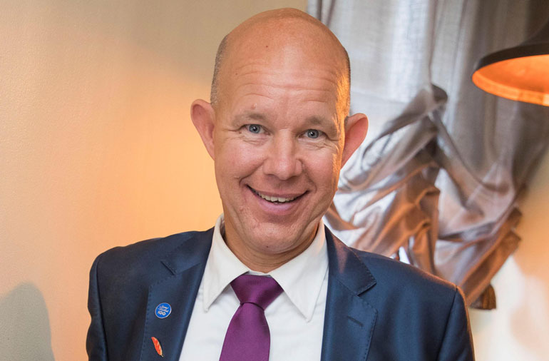 Suosikkiselostaja Kaj Kunnas tekee isoa tiliä.