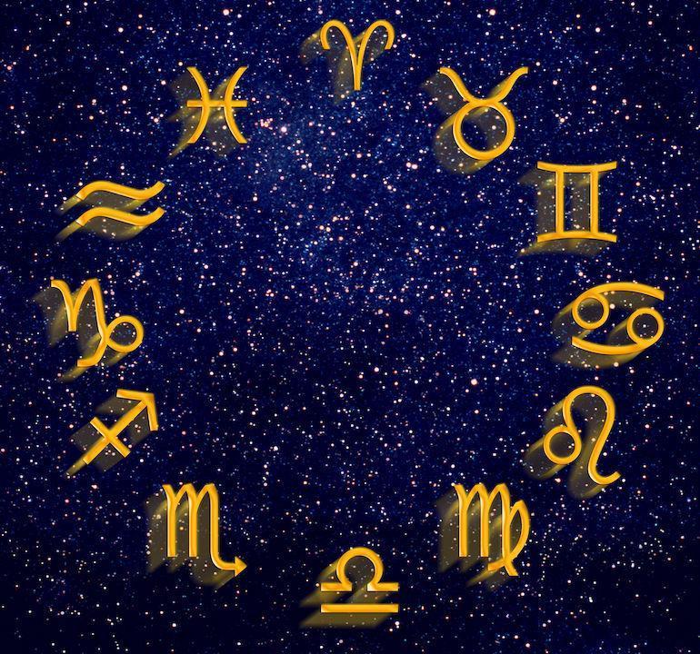 Elokuun Horoskooppi