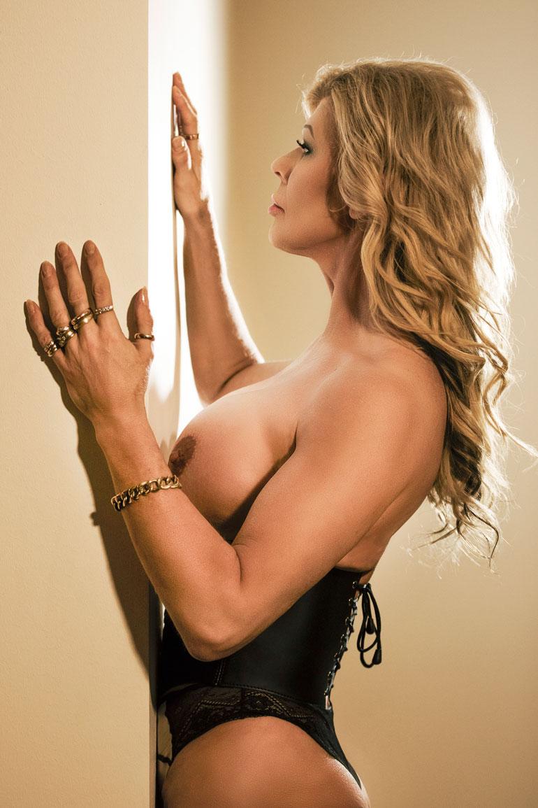 – Playboyn linja on nykysin pornoton, mutta sensuelli, Tiina Jylhä kertoo.