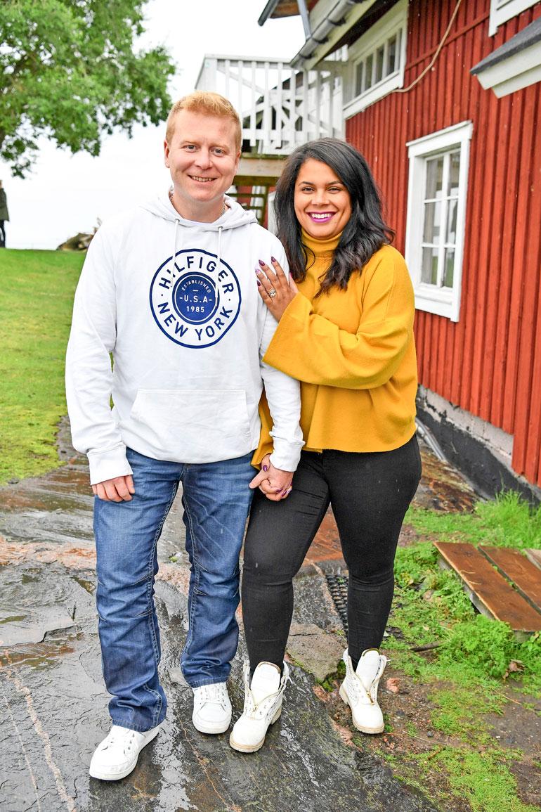 Sampo ja Minttu juhlivat tänä vuonna kuusivuotishääpäiväänsä.