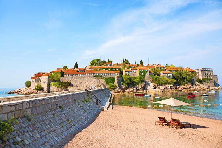 Aurinkomatkat Montenegro