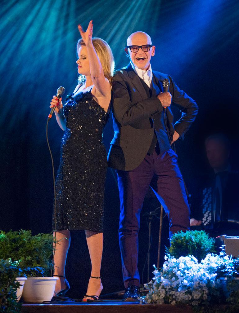 Helena Lindgren oli vuosia yhdessä Tanssii tähtien kanssa -tuomarin Jorma Uotisen kanssa. – Olemme edelleen hyviä ystäviä, Helena kertoo.