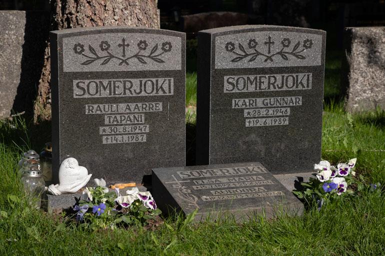 Rauli Somerjoen hauta.