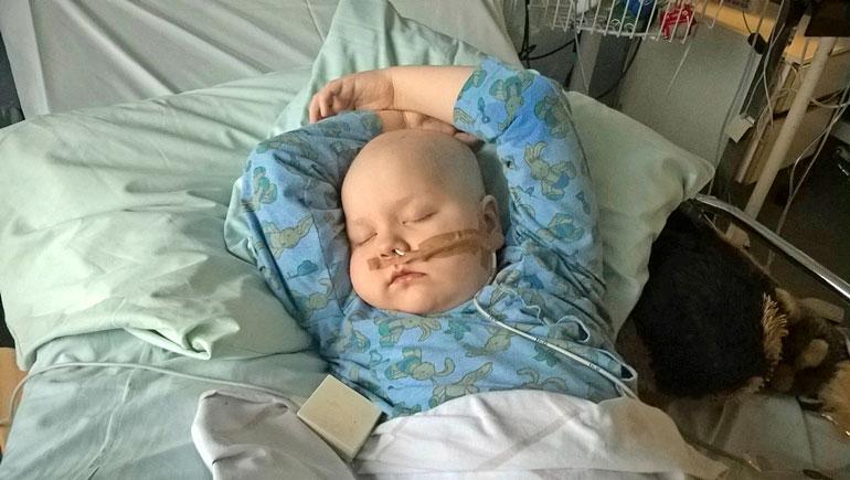 Iiris on joutunut viettämään suuren osan elämästään sairaaloissa.