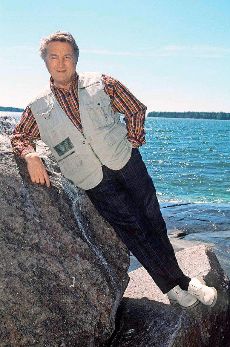 Reijo Kallio syntyi Helsingissä ja asui viimeiset vuotensa Espoon Matinkylässä, jossa Inkeri-vaimo oli hänen omaishoitajansa.