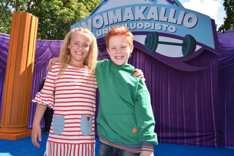 Risto Räppääjä ja pullistelija -elokuvan lapsipääosissa nähdään Lumi Kallio ja Silmu Ståhlberg.