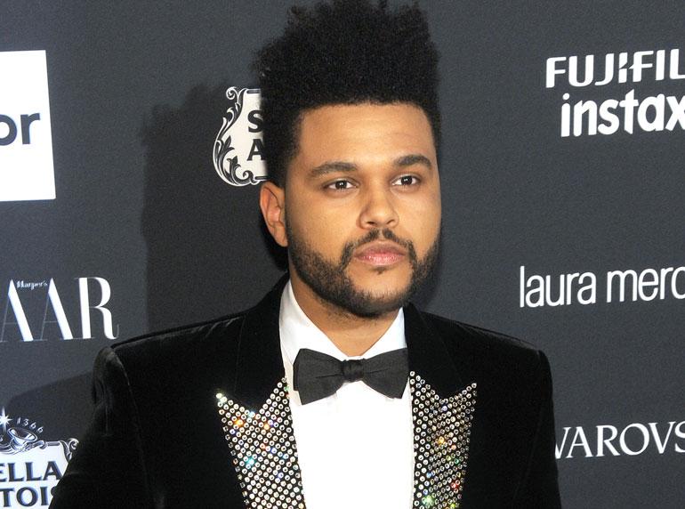 The Weeknd on heilastellut muun muassa Selena Gomezin kanssa.