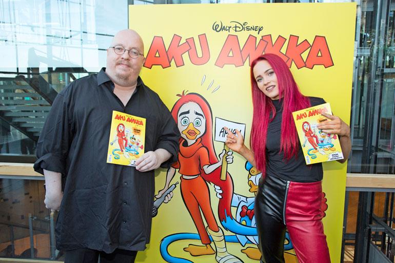 Kari Korhonen ja Sanni aloittivat sarjakuvaprojektin työstämisen jo alkuvuodesta. Viime viikolla julkaistiin valmis tulos.