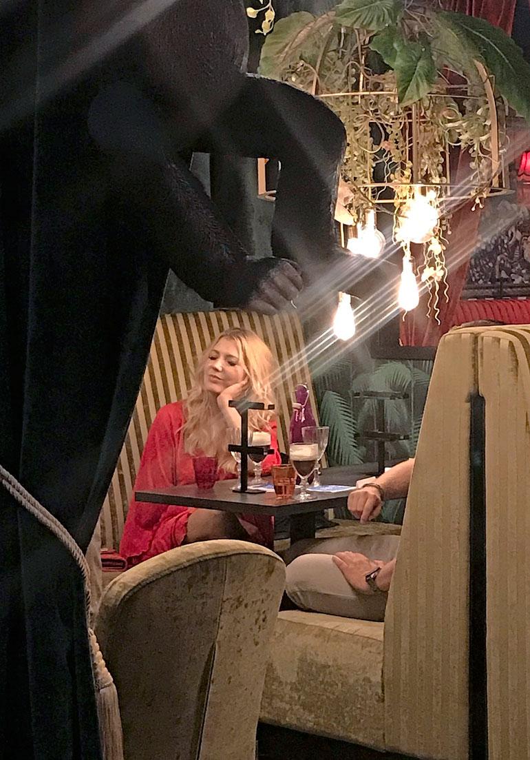 Jenni Aleksandrova nautti Turussa tunnelmasta.