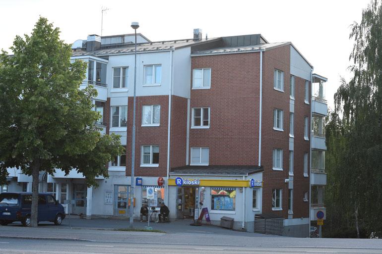 Uusi koti on siistissä kerrostalossa Lempäälässä.