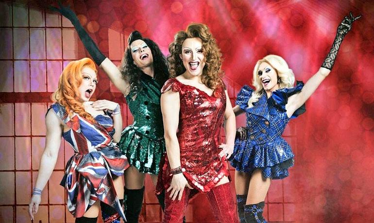 Christoffer voitti Miss Drag Queen -kilpailun vuonna 2013. – Näyttelen parhaillaan Helsingin kaupunginteatterin Kinky Boots -musikaalissa.