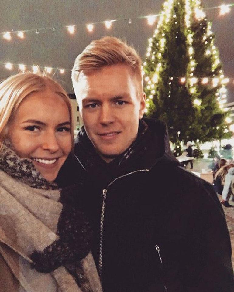 Alina toivoo, että Joonas-rakas pääsisi pelikiireiltään Miss Suomi -finaaliin.