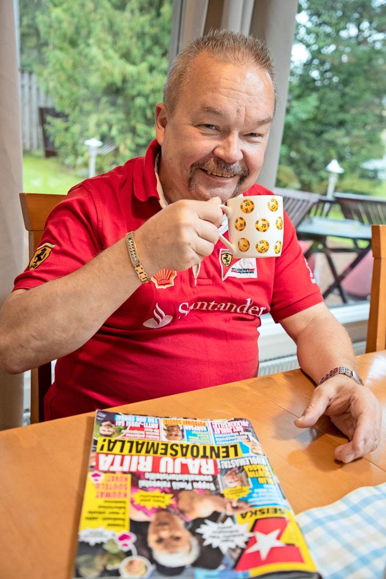 – Talo, auto ja vapaa-ajan asunto Turkissa, ei sen suurempaa, Matti luettelee lottomiljoonansa käyttöä. Matti voitti 2012 loton päävoiton 1,2 miljoonaa euroa. – Olin menettänyt työpaikkani yt-neuvottelujen jälkeen vain kahta viikkoa aiemmin!