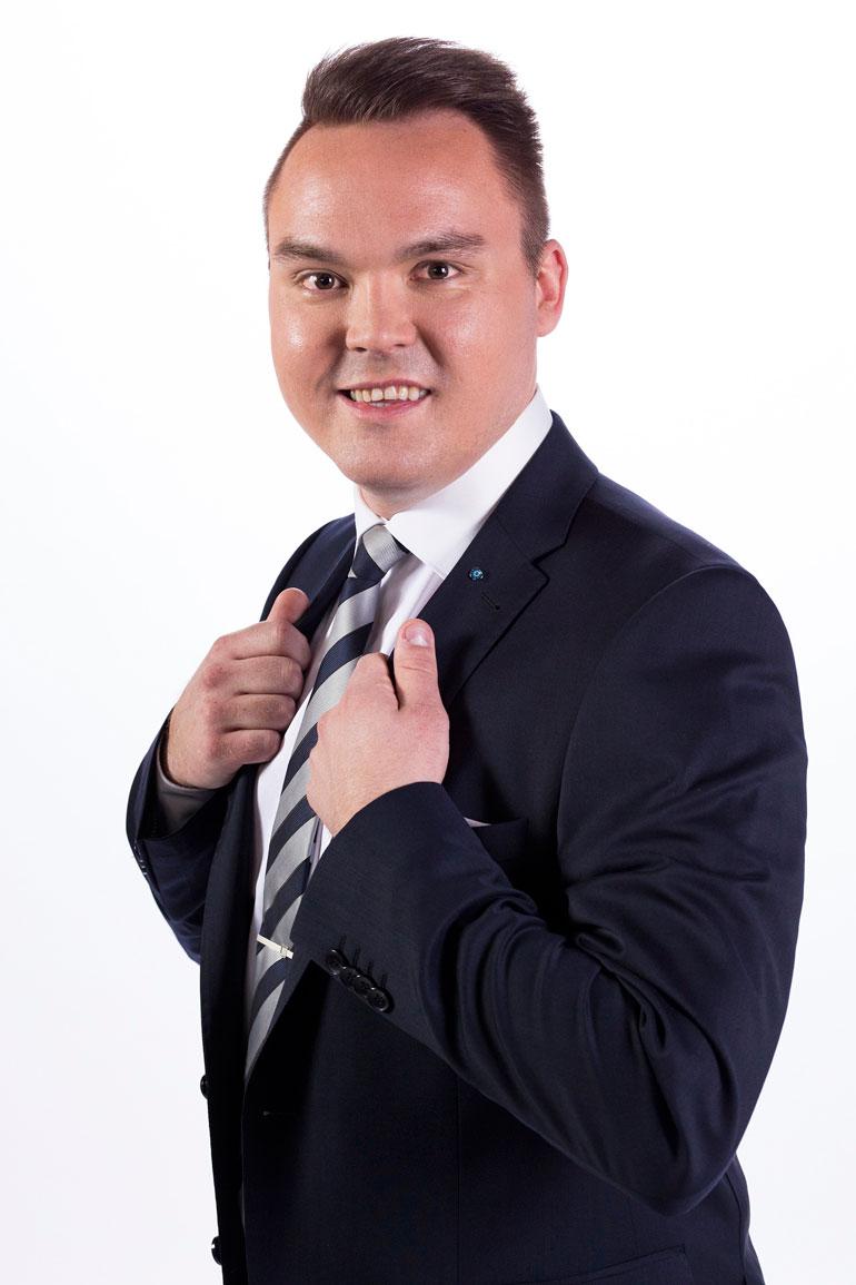 Tommi Mäki