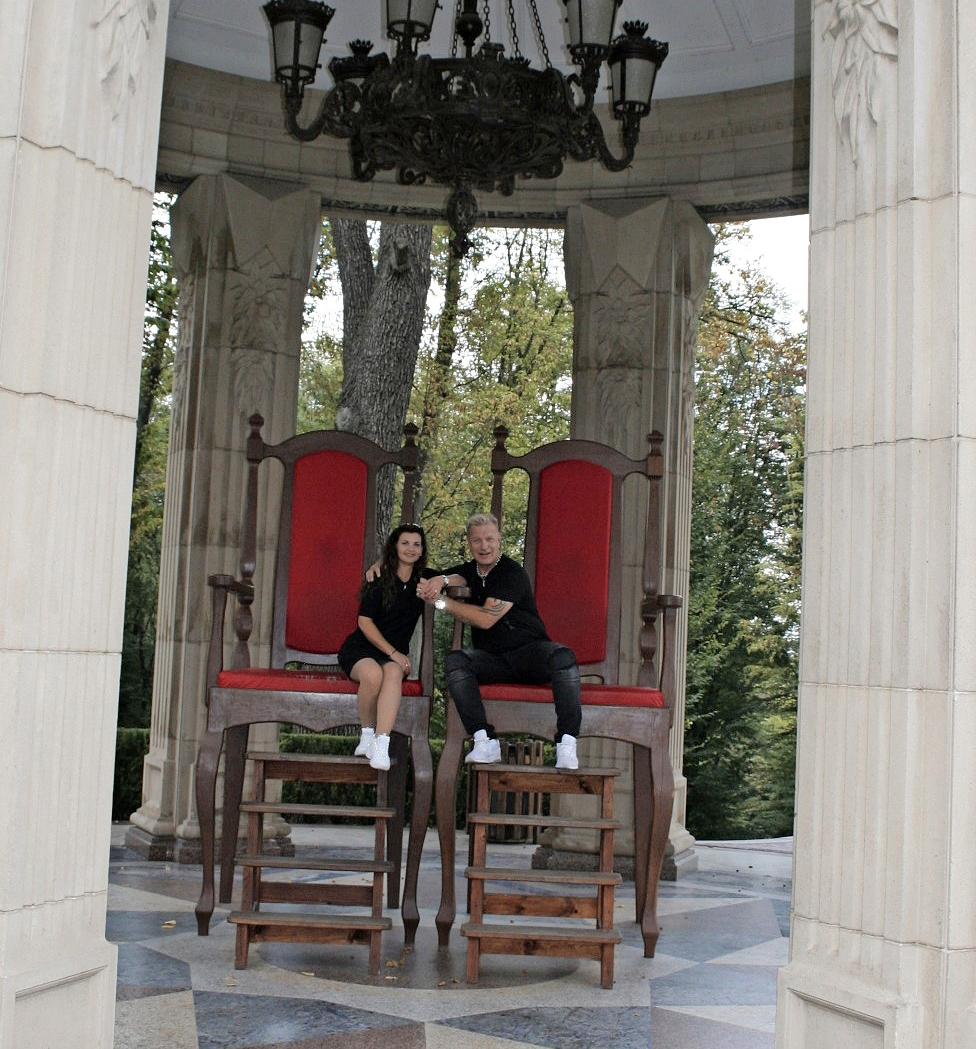 Tauski vieraili Julian kotimaassa Ukrainassa.