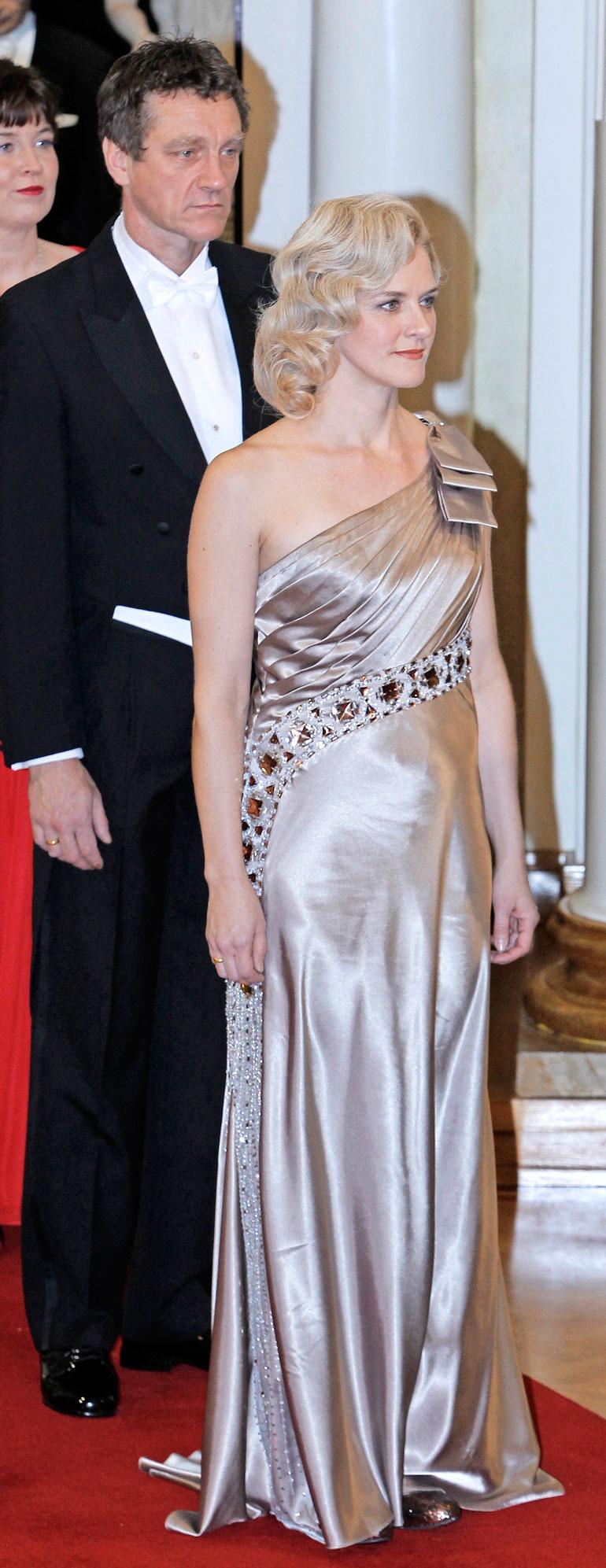 Ville on osallistunut Linnan juhliin vaimonsa Birthe Wingrenin kanssa.