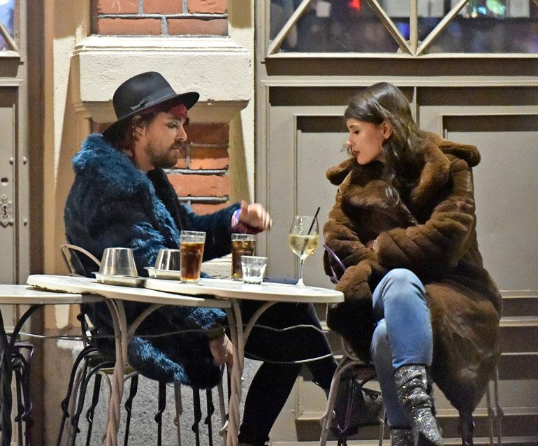Leo Stillman ja Maryam Razavi olivat Andy ja Angela McCoy. Pari kävi keskenään vakavamielisiä keskusteluja.