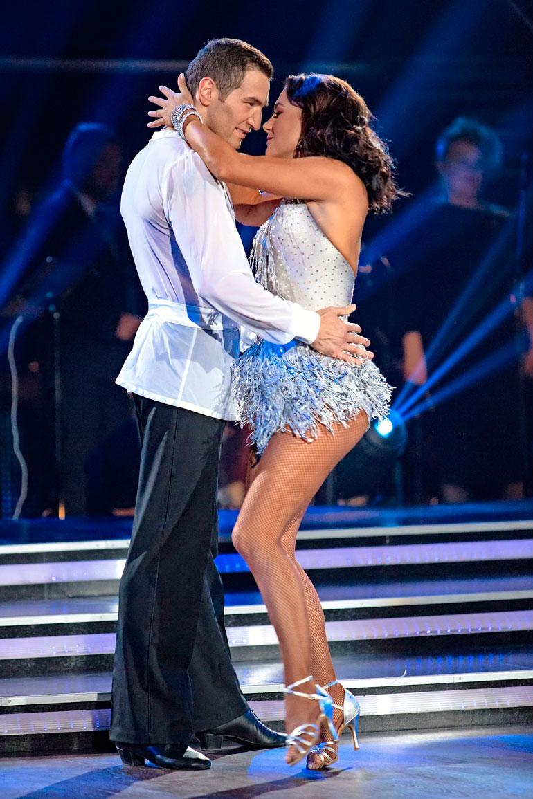 Edisin ja Katrin kuumat tanssiesitykset saivat yleisön haltioihinsa.