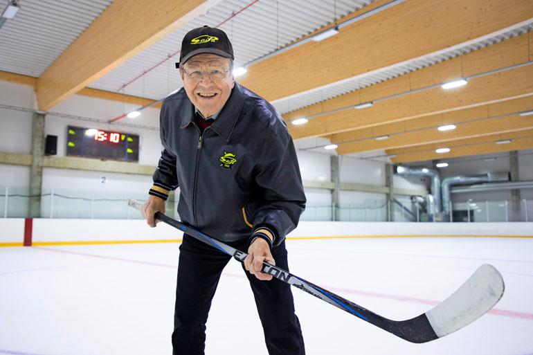 SaiPa-rakkaudestaan Arvi Lind sanoo olevansa realisti. – Ei ole lupa odottaa mestaruutta. Joskus olen leikilläni sanonut, että SaiPan mitaliputki alkoi vuonna 1966 – ja jatkoa saadaan yhä odottaa.
