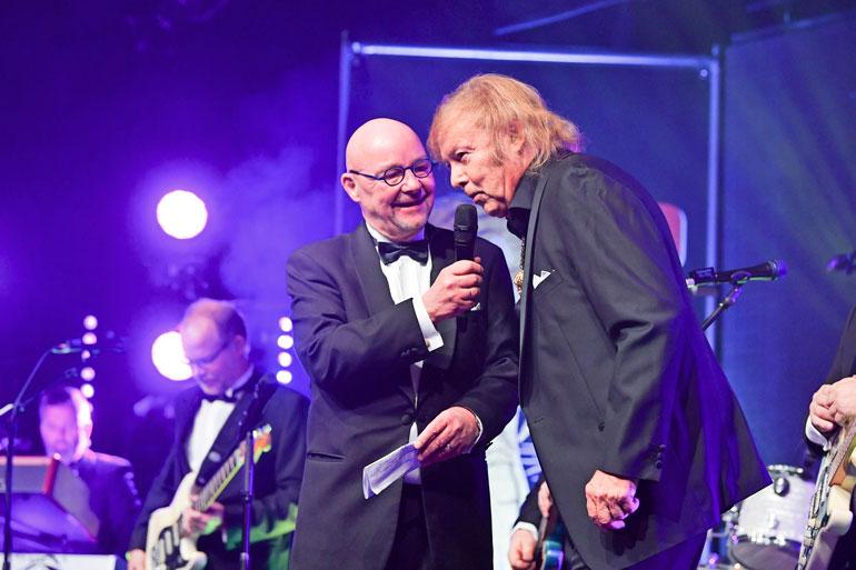 Dannyn kiertueen isäntänä on legendaarinen musiikkivaikuttaja Lasse Norres.