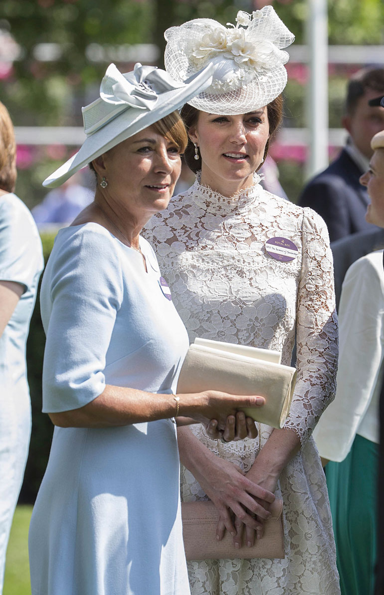Carole Middleton ja Cambridgen herttuatar Catherine
