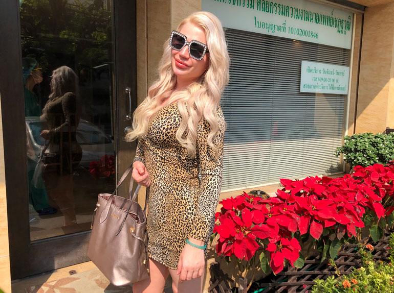 Sofia Immosta ei jännittänyt tänään lauantaina 22.12. kun hän saapui thaimaalaiselle erikoisklinikalle. Hänen peniksestään operoidaan parhaillaan vagina.