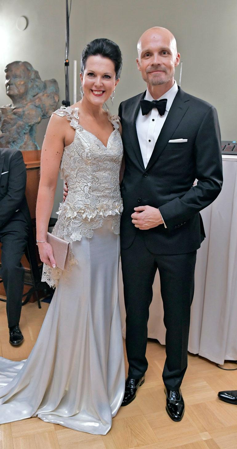 Juha oli presidentin itsenäisyyspäivänjuhlissa vieraana vaimonsa Raijan kanssa kaksi vuotta sitten.