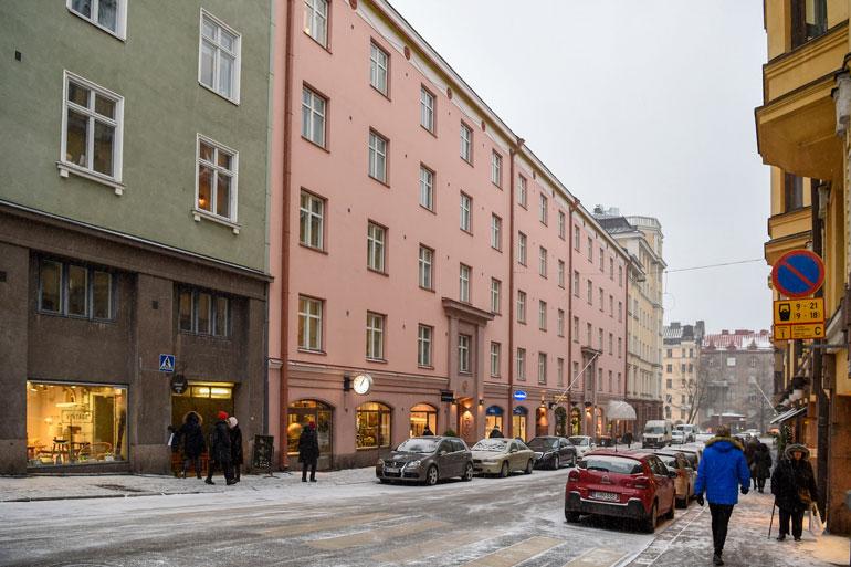 Rakastavaisten asunto sijaitsee Helsingin ytimessä.