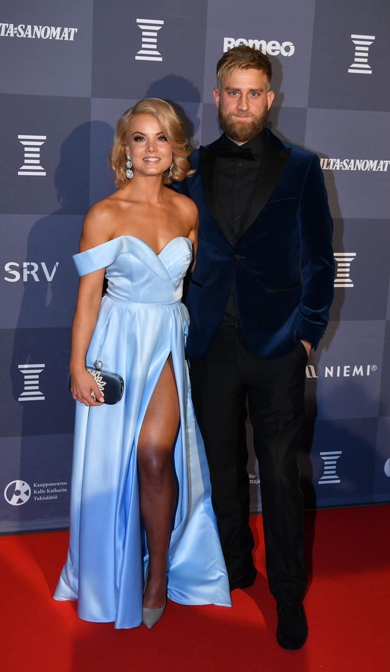 Janni Hussi ja Joel Harkimo olivat Urheilugaalan ylivoimaisesti puhutuin pariskunta.