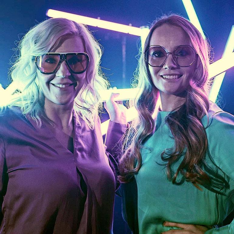 Vappu ja Marja vihjailevat kutsuneensa talk show´hun rouva Jenni Haukion. – Minttu ja Kimi Räikkönen olisi myös hienoa saada ohjelmaan, Vappu paljastaa.