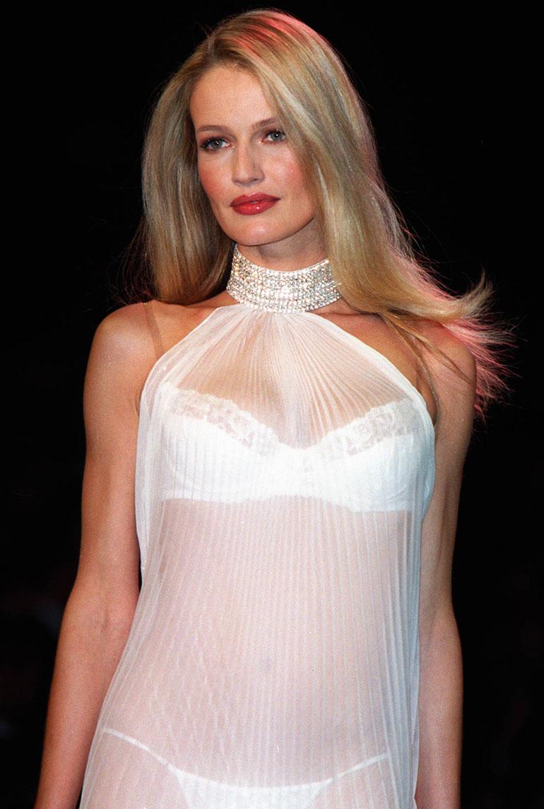 Huippumalli Karen Mulder kuvattuna vuonna 2000.