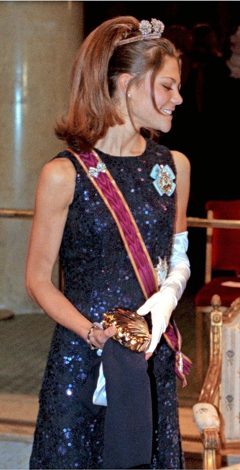 Prinsessa Victoria parantui anoreksiasta päästessään velvollisuuksista eroon vuodeksi matkattuaan Yhdysvaltoihin opiskelemaan.