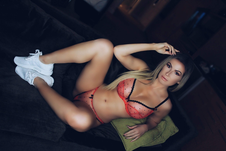 Ana B