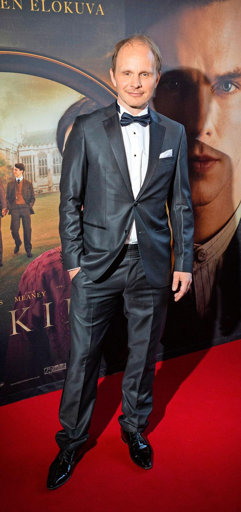 Dome Karukoski ohjasi Tolkien-elokuvan.