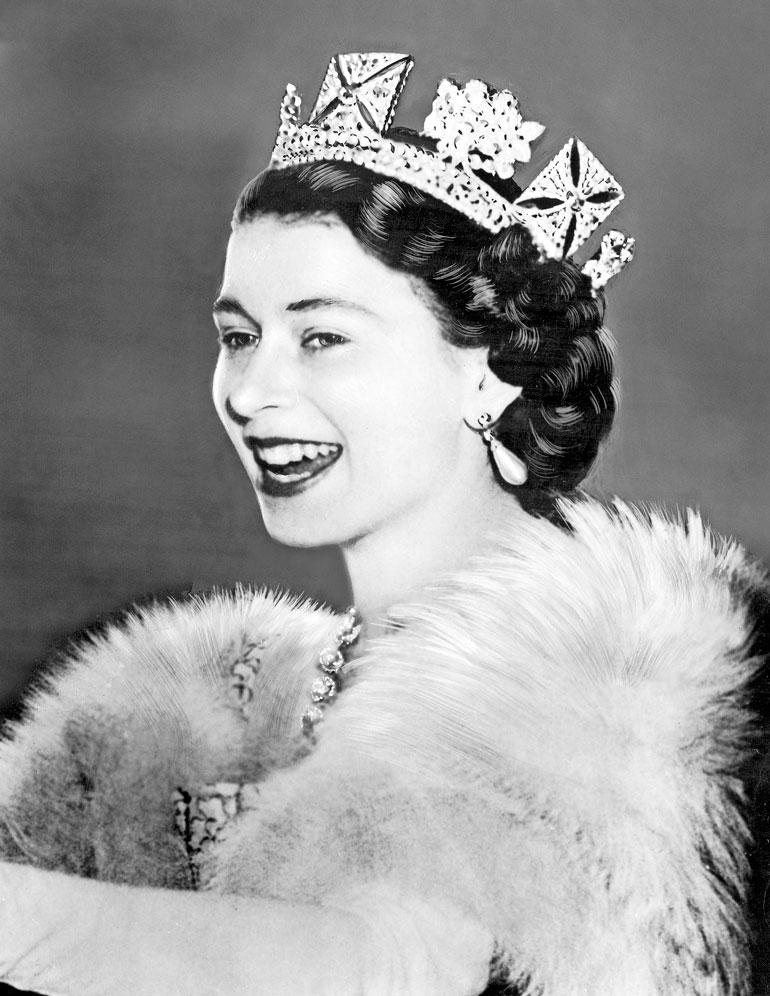 Kuningatar Elisabet II kruunattiin 2. kesäkuuta 1953.