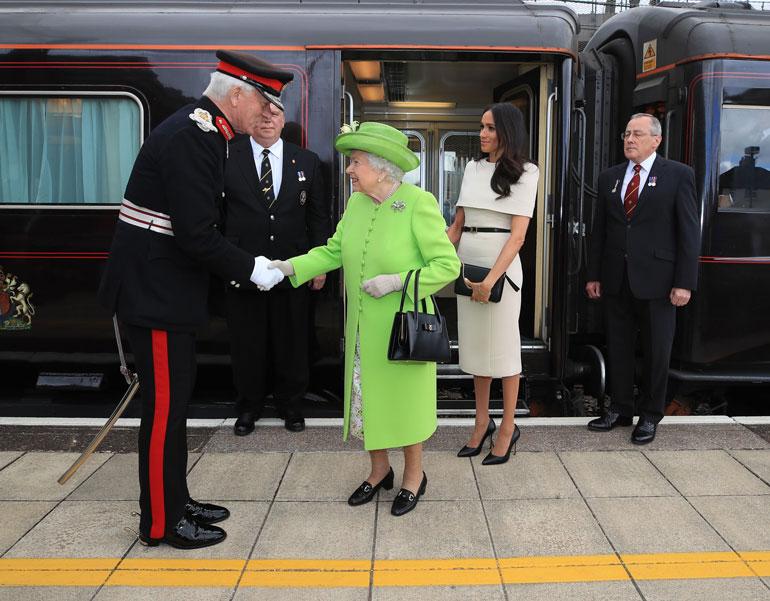 Elisabetilla on oma juna, joka oli vuoden aikana käytössä vain viisi kertaa. Junan vuosikulut ovat silti 122 000 euroa.