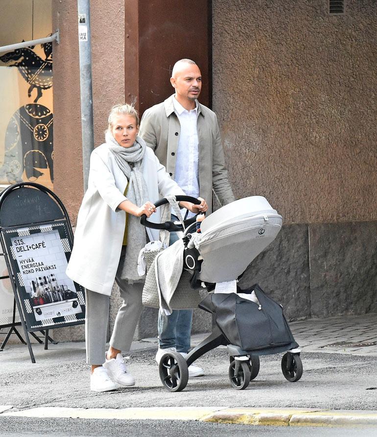 Emilia Vuorisalmi tapasi nykyisen miehensä keväällä 2017. He ehtivät olla yhdessä vain vuoden ennen esikoisen syntymää.