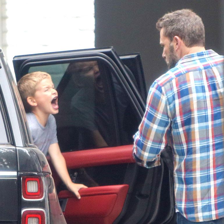 Ben Afleck ja poika huutaa