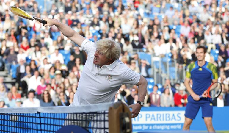 Urheilutempaukset ovat Borisin bravuuri. Niiden lisäksi hän on ollut skandaaliotsikoissa sekä yksityiselämänsä että poliittisten toilailujen vuoksi.