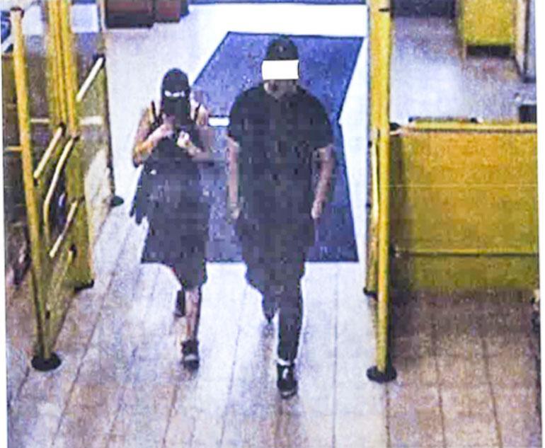Syytetyt tallentuivat ennen murhaa Pallon S-marketin valvontakameraan.
