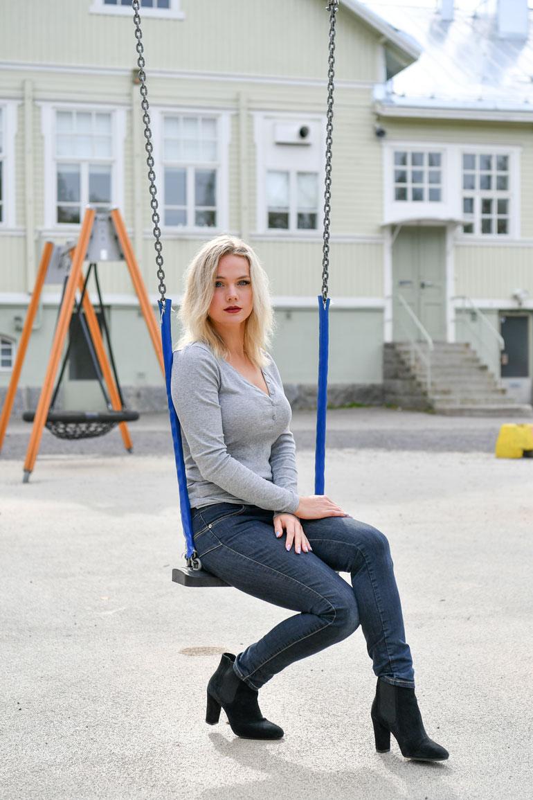 Jennan koulu ei suhtautunut kiusaamiseen vakavasti. – Kyllä opettajat sen tavallaan huomasivat, mutta kiusaajat eivät koskaan saaneet konkreettisia rangaistuksia.