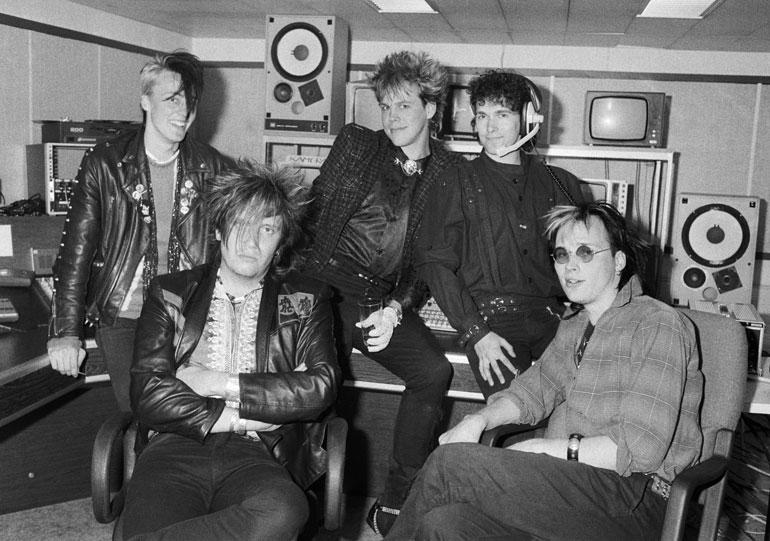 Pertin luotsaama Dingo-yhtye vuonna 1985. Yhtyeen levyjä on myyty yli 500 000 kappaletta.