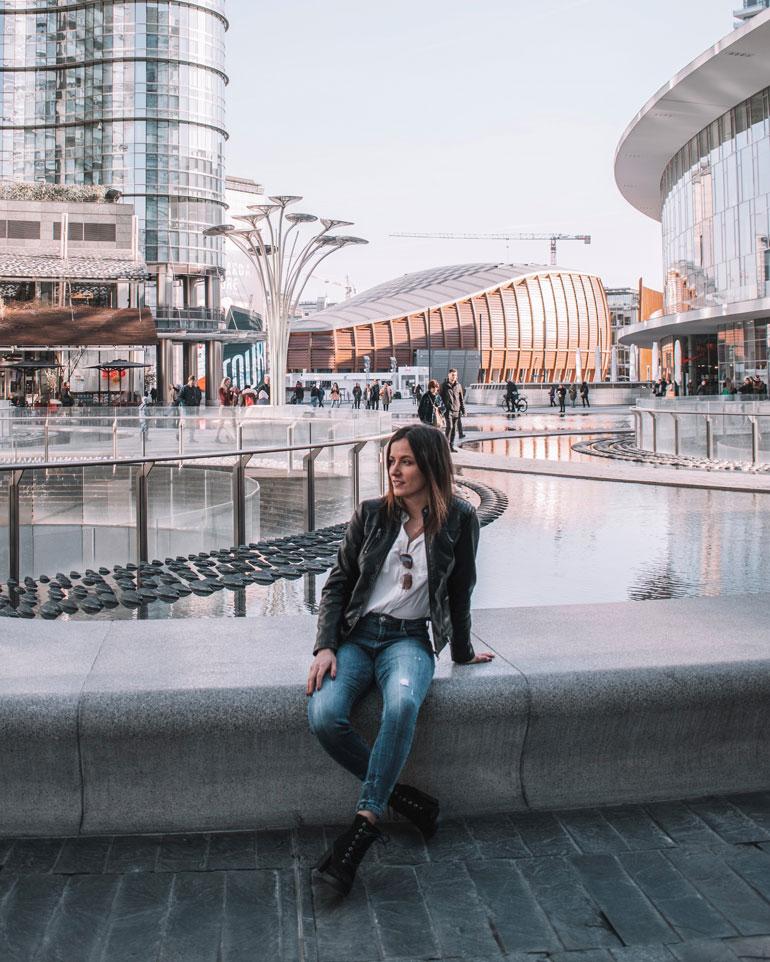 25-vuotias Viivi on kansainvälinen kaunotar. Ennen Milanoa hän opiskeli neljä vuotta yliopistossa Yhdysvalloissa.