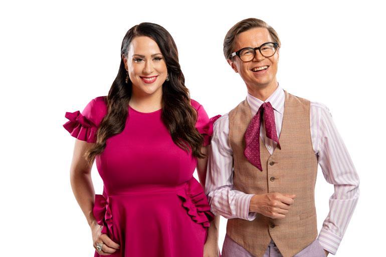 Televisiossa Niina tähdittää parhaillaan peräti kahta ohjelmaa, Say Yes to the Dress Suomea ja Suurinta pudottajaa.