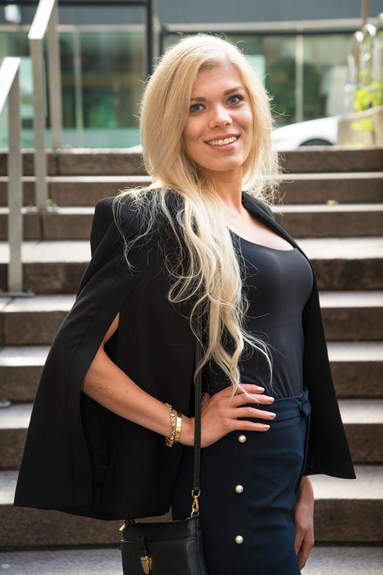 Eveliina  on osallistunut Miss Suomi -kilpailun jälkeen Miss Nation- ja Miss Supranational -kilpailuihin.