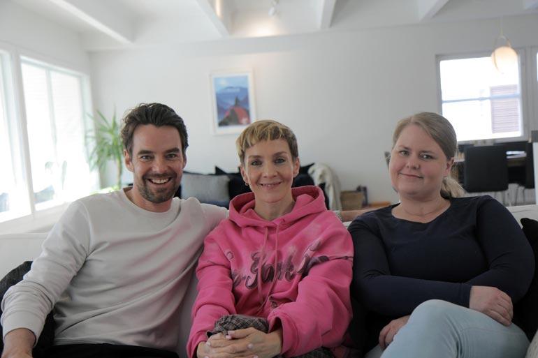 Maria Veitola vierailee tällä viikolla Mikon luona ja tapaa myös tämän siskon Elisan.
