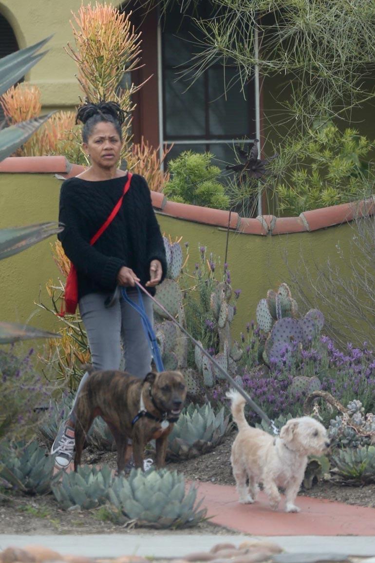 Meghanin äiti Dorian elää leppoisaa elämää Los Angelesissa Windsor Hillsissä.