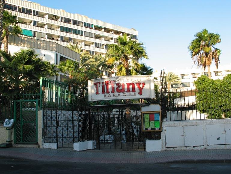 Legendaarinen Tiffany-yökerho oli monen suomalaisen suosima tanssipaikka Playa del Inglesissä. Lisäksi Jorma pyöritti Amigoa.