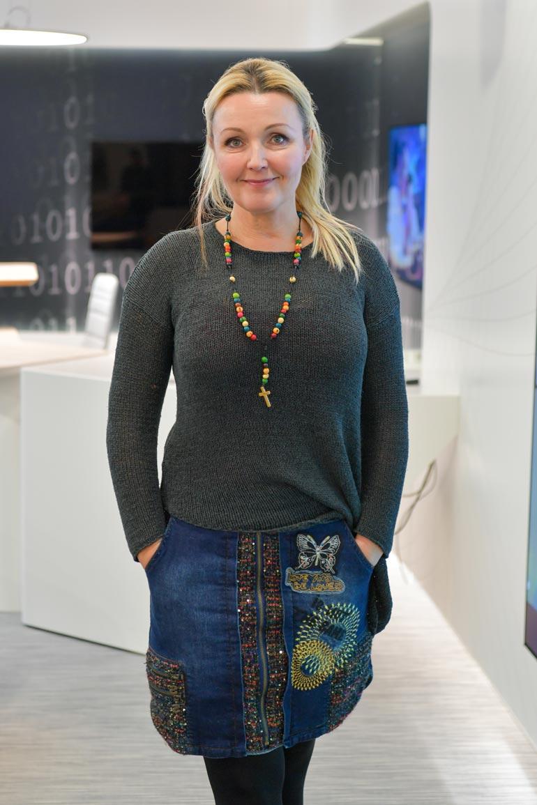 Mari Perankoski asuu sekä Helsingissä että Lappeenrannassa. – Nyt syksyllä on oltu enemmän Helsingissä, kesällä enemmän Lappeenrannassa. Kirjoilla olen Lappeenrannassa.
