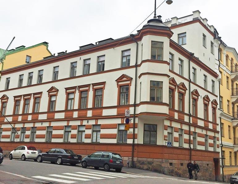 Valtterin ja Emilian lemmenpesä sijaitsee Helsingin arvoalueella.